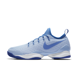 Женские теннисные кроссовки NikeCourt Air Zoom Ultra Rct ClayЖенские теннисные кроссовки NikeCourt Air Zoom Ultra React Clay из сверхлегких материалов с динамической системой шнуровки и мгновенной амортизацией созданы для скорости и контроля движений во время игры.<br>