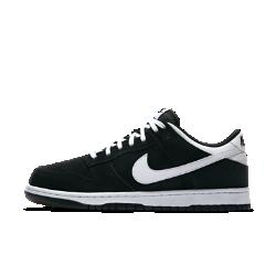Мужские кроссовки Nike Dunk LowСозданные в духе классической баскетбольной модели 1985 года мужские кроссовки Nike Dunk Low обеспечивают легкость и комфорт благодаря мягкой амортизации и верху из синтетической кожи.<br>