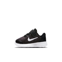 Кроссовки для малышей Nike Free RN 2017Кроссовки для малышей Nike Free RN 2017 сочетают верх из легкой дышащей сетки с гибкой амортизирующей подошвой Nike Free. Преимущества  Верх из текстиля обеспечивает вентиляцию и поддержку Подошва из пеноматериала Nike Free обеспечивает легкость, гибкость и амортизацию Застежки на липучке для плотной регулируемой посадки Эластичные желобки обеспечивают свободу движений во всех направлениях  Истоки Nike Free Узнав, что спортсмены Стэнфордского университета тренируются босиком, три самых изобретательных и креативных сотрудника Nike взялись за разработку кроссовок, которые бы не ощущались на ноге и сидели, как вторая кожа. В течение четырех лет специалисты изучали биомеханику стопы во время бега. В результате им удалось рассчитать естественный угол приземления стопы, давление и положение носка, что позволило дизайнерам Nike создать уникальные и гибкие беговые кроссовки профессионального класса.<br>