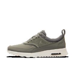 Женские кроссовки Nike Air Max Thea Premium LeatherЖенские кроссовки Nike Air Max Thea Premium Leather — это улучшенная легендарная модель для бега с классической амортизацией и элегантным минималистичным дизайном, которая обеспечивает комфорт на каждый день.<br>