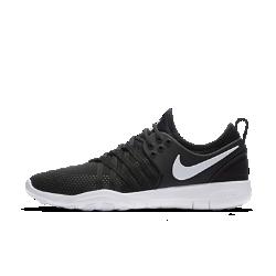 Женские кроссовки для тренинга Nike Free TR7Женские кроссовки для тренинга Nike Free TR7 AMP обеспечивают свободу движений и фиксацию во время интенсивных тренировок благодаря гибкой подошве с рисунком tri-star и поддерживающим нитям Flywire.  Преимущества  Верх из сетки с каркасом из материала TPU для поддержки и воздухопроницаемости Нити Flywire обеспечивают надежную фиксацию Внутренняя вставка обеспечивает удобную плотную посадку Подошва из пеноматериала Nike Free для гибкости Эластичные желобки tri-star для гибкости в любом направлении Резиновые накладки на подметке для прочности в зонах максимального износа  Истоки Nike Free Узнав, что спортсмены Стэнфордского университета тренируются босиком, три самых изобретательных и креативных сотрудника Nike взялись за разработку кроссовок, которые бы не ощущались на ноге и сидели, как вторая кожа. В течение четырех лет специалисты изучали биомеханику стопы во время бега. В результате им удалось определить естественный угол приземления стопы, давление и положение носка, что позволило дизайнерам Nike создать уникальные и гибкие беговые кроссовки профессионального класса. Воздухопроницаемость  Легкая сетка с подложкой из пеноматериала обеспечивает воздухопроницаемость и комфорт на каждой тренировке.<br>