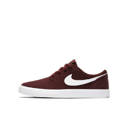 Обувь для скейтбординга для школьников Nike SB Portmore IIОбувь для скейтбординга для школьников Nike SB Portmore II обеспечивает гибкость, сцепление с доской и длительный комфорт во время катания.<br>