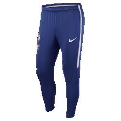 Мужские футбольные брюки Chelsea FC Dri-FIT SquadМужские футбольные брюки Chelsea FC Dri-FIT Squad из эластичной влагоотводящей ткани обеспечивают комфорт и свободу движений во время тренировок.<br>