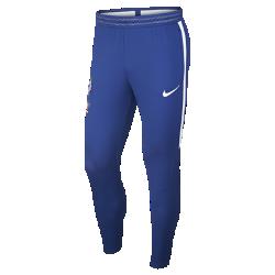 Мужские футбольные брюки Chelsea FC Flex StrikeМужские футбольные брюки Chelsea FC Flex Strike из легкой эластичной ткани обеспечивают комфорт и свободу движений во время игры.<br>