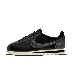 Женские кроссовки Nike Classic Cortez PremiumЖенские кроссовки Nike Classic Cortez Premium представляют знаменитую ретромодель для бега в роскошном исполнении из первоклассной кожи.<br>