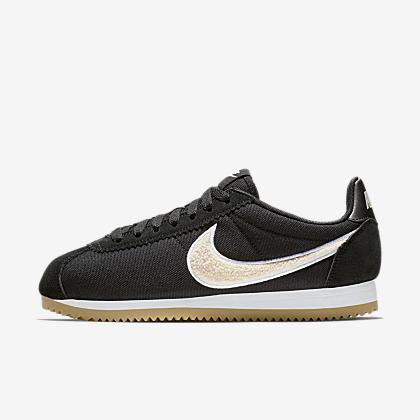 993baadf7f4adc Nike Classic Cortez Women s Shoe. Nike.com