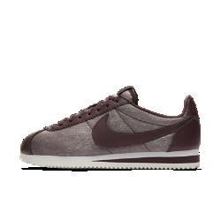 Женские кроссовки Nike Classic Cortez PremiumЖенские кроссовки Nike Classic Cortez Premium — это оригинальная беговая модель Nike, созданная Биллом Бауэрманом и выпущенная в 1972 году. Новая версия из высококачественных материалов с обновленными элементами дизайна создает первоклассный образ.<br>