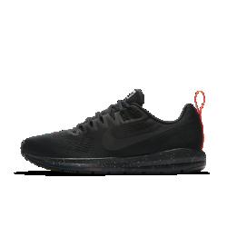 Мужские беговые кроссовки Nike Air Zoom Structure 21 ShieldМужские беговые кроссовки Nike Air Zoom Structure 21 с водоотталкивающим верхом созданы для бега во влажную погоду. Они обеспечивают легендарный уровень стабилизации, поддержки и амортизации Nike Zoom Air.  Превосходная стабилизация  Широкая плоская подметка и два типа амортизирующего пеноматериала обеспечивают стабилизацию. Более твердый пеноматериал располагается на внутренней части сводастопы, а более мягкий — с внешней стороны. Это создает нужный уровень стабилизации и защиты от ударных нагрузок.  Защита от влаги  Верх из цельного материала Flymesh с прочным водоотталкивающим покрытием DWR защищает от влаги. Этот легкий и дышащий материал позволяет избежать перегрева.  Воздухопроницаемость и защита  Внутренний слой представляет собой дышащую мембрану, которая блокирует влагу, но не препятствует циркуляции воздуха. Позволяет избежать перегрева.<br>