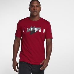 Мужская футболка Jordan SportswearМужская футболка Jordan Sportswear из мягкой ткани с фирменными деталями обеспечивает комфорт на каждый день.<br>
