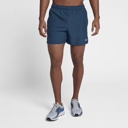 Мужские беговые шорты с подкладкой Nike Challenger 12,5 смМужские беговые шорты с подкладкой Nike Challenger 12,5 см из влагоотводящей ткани обеспечивают комфорт во время бега.<br>