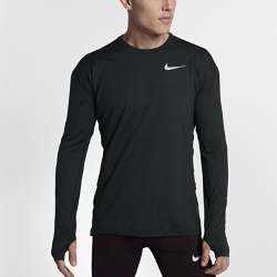 Мужская беговая футболка с длинным рукавом Nike ElementМужская беговая футболка с длинным рукавом Nike Element идеально подходит для пробежек в прохладную погоду, сохраняя тепло и препятствуя перегреву. Стандартный крой повторяет изгибы тела, обеспечивая свободную и удобную посадку.  Тепло и вентиляция  Ткань с более открытым плетением на спине обеспечивает вентиляцию и не прилипает к телу.  Свобода движений  Отверстия для больших пальцев фиксируют рукава для дополнительной защиты в холодную погоду. Рукава покроя реглан и швы, повторяющие форму рук, для естественной свободы движений.  Отведение влаги  Мягкая ткань с технологией Dri-FIT отводит влагу от кожи на поверхность ткани, где она быстро испаряется.<br>