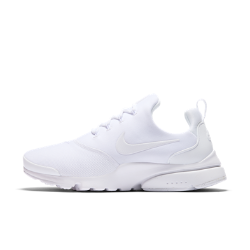 Женские кроссовки Nike Presto FlyЖенские кроссовки Nike Presto Fly — новая версия оригинальной модели 2000 года — обеспечивают комфортное плотное облегание благодаря дышащему невероятно эластичному верху.<br>