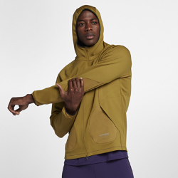 Мужская худи NikeLab Gyakusou FleeceМужская худи NikeLab Gyakusou Fleece из ткани Therma двойного переплетения и флиса Dri-FIT с начесом с изнаночной стороны удерживает тепло и отводит влагу во время движения.  Свобода движений  Эластичные вставки увеличивают диапазон движений и позволяют ни на что не отвлекаться. Эластичный кант на капюшоне и манжетах фиксирует посадку во время движения.  Удобное хранение  Внутренний карман из сетки Power mesh для мобильного устройства и скрытые карманы на молнии для мелочей.<br>