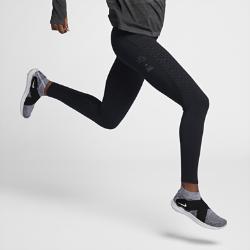 Женские беговые тайтсы Nike Epic Lux Run Division 65 смЖенские беговые тайтсы Nike Epic Lux Run Division 65 см выполнены из гладкой поддерживающей ткани Nike Power.  Удобное хранение мелочей  Задний карман на молнии защитит телефон от влаги. Прорезной карман на правой штанине для удобного хранения телефона, заколки для волос, пластиковых карт или ключей.  Плотная удобная посадка  Эластичная ткань Nike Power обеспечивает поддержку и свободу движений. Широкий пояс поддерживает мышцы корпуса во время пробежки и после нее.  Охлаждение и комфорт  Вставки из легкой дышащей ткани сзади и сбоку в области коленей повышают циркуляцию воздуха. Технология Dri-FIT отводит влагу от кожи, обеспечивая комфорт.<br>