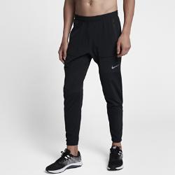 Мужские беговые брюки Nike Running Division 73,5Мужские беговые брюки Nike Running Division 73,5 из ткани с водоотталкивающим покрытием обеспечивают комфорт на всей дистанции. Свободный в области бедер крой сужается к щиколоткам для абсолютного комфорта во время пробежки и после нее.  Комфорт на весь день  Выше коленей их посадка более свободная по сравнению с традиционными тайтсами. Ты можешь отправиться по делам, не переодеваясь после пробежки. Благодаря свободному крою в области бедер ты можешь носить брюки поверх шорт, а кромки на молнии позволяют быстро переодеваться.  Защита от дождя  Водоотталкивающее покрытие обеспечит комфорт, если во время пробежки начнется дождь.  Бери с собой все необходимое  Карман на молнии сзади справа защищает ключи, пластиковые карты, денежные купюры и телефон.<br>
