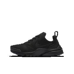 Кроссовки для школьников Nike Presto FlyКроссовки для школьников Nike Presto Fly — новая версия оригинальной модели 2000 года — обеспечивают комфортное плотное облегание благодаря дышащему, невероятно эластичному верху.<br>