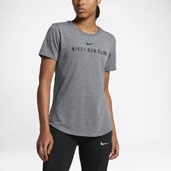 Женская футболка Nike Dry Run ClubЖенская футболка Nike Dry Run Club из мягкой влагоотводящей ткани дополнена яркой графикой, выражающей твою любовь к бегу.<br>