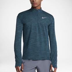 Мужская беговая футболка с длинным рукавом Nike ElementКОМФОРТ НА ДЛИННЫХ ДИСТАНЦИЯХ ТЕПЛО НА ПРОБЕЖКАХ  Мужская беговая футболка с длинным рукавом Nike Element идеально подходит для пробежек в прохладную погоду, сохраняя тепло и препятствуя перегреву. Стандартный крой повторяет изгибы тела, обеспечивая свободную и удобную посадку.  Тепло и вентиляция  Молния до середины груди позволяет регулировать уровень вентиляции, обеспечивая защиту на пробежке и после нее.  Свобода движений  Отверстия для больших пальцев фиксируют рукава для дополнительной защиты в холодную погоду. Рукава покроя реглан и швы, повторяющие форму рук, для естественной свободы движений.  Отведение влаги  Мягкая ткань с технологией Dri-FIT отводит влагу от кожи на поверхность ткани, где она быстро испаряется.<br>