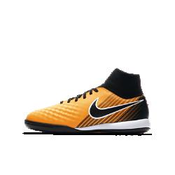 Футбольные бутсы для игры в зале/на поле для школьников Nike Jr. MagistaX Onda II Dynamic FitФутбольные бутсы для игры в зале/на поле для школьников Nike Jr. MagistaX Onda II Dynamic Fit помогут перевести игру на улице, на поле и в зале на новый уровень благодаря непревзойденному касанию и максимальному сцеплению.<br>