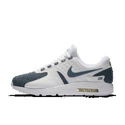 Мужские кроссовки Nike Air Max Zero SEМодель Nike Air Max Zero была разработана в 1985 году, однако ее релиз состоялся только в 2015. Мужские кроссовки Nike Air Max Zero SE — оригинальная концепция Nike Air Max 1, которая, как и другие модели линейки, выражает революционный дух Nike Air.<br>