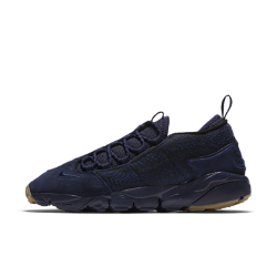 Мужские кроссовки Nike Air Footscape NM PremiumМужские кроссовки Nike Air Footscape NM Premium с яркой асимметричной шнуровкой и гибкой подошвой обеспечивают естественность движений стопы.<br>
