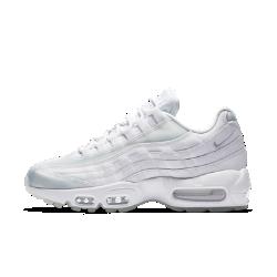 Женские кроссовки Nike Air Max 95 SEСозданные для повседневной жизни женские кроссовки Nike Air Max 95 SE с обновленным легендарным силуэтом обеспечивают такую же исключительную амортизацию, как и оригинальная модель 1995 года, ставшая хитом среди бегунов.<br>