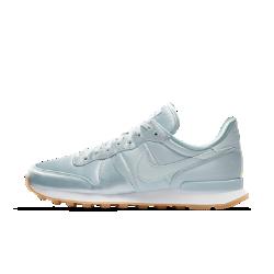 Женские кроссовки Nike Internationalist QSЖенские кроссовки Nike Internationalist QS — современная версия ретро-модели из прочных материалов для комфорта и поддержки.<br>