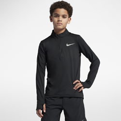 Беговая футболка для мальчиков школьного возраста Nike Dry ElementБеговая футболка для мальчиков школьного возраста Nike Dry Element из влагоотводящей ткани с молнией до середины груди обеспечивает комфорт и регулируемую вентиляцию.<br>