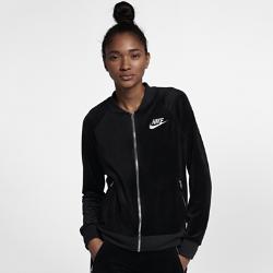 Женская куртка из велюра Nike SportswearЖенская куртка из велюра Nike Sportswear из мягкой ткани обеспечивает комфорт на весь день.<br>