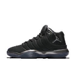 Мужские баскетбольные кроссовки Jordan Super.Fly 2017Мужские баскетбольные кроссовки Jordan Super.Fly 2017 из серии Fly созданы с применением самой инновационной системы амортизации для баскетбола — сверхупругий пеноматериалNike React поможет играть дольше, добиваясь максимальных результатов.  Упругая амортизация  Ультралегкий и прочный пеноматериал Nike React создает мягкую и упругую амортизацию для комфорта на протяжении всей игры.  Невероятный комфорт  Язычок из дышащего трикотажа для абсолютного комфорта.  Сцепление в любом направлении  Разнонаправленный рисунок протектора в ключевых зонах резиновой подошвы усиливает сцепление.<br>