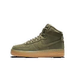 Кроссовки для школьников Nike Air Force 1 High WBКроссовки для школьников Nike Air Force 1 High WB вдохновлены внешним видом и функциональностью прочных рабочих ботинок. Высокий бортик, регулируемый ремешок в области голеностопа и проверенная временем система амортизации Nike Air обеспечивают комфорт на весь день.<br>
