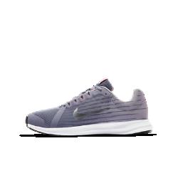 Беговые кроссовки для школьников Nike Downshifter 8Беговые кроссовки для школьников Nike Downshifter 8 с верхом из легкой сетки с регулируемой лентой в области свода стопы обеспечивают вентиляцию, комфорт и адаптивную поддержку на всей дистанции.<br>