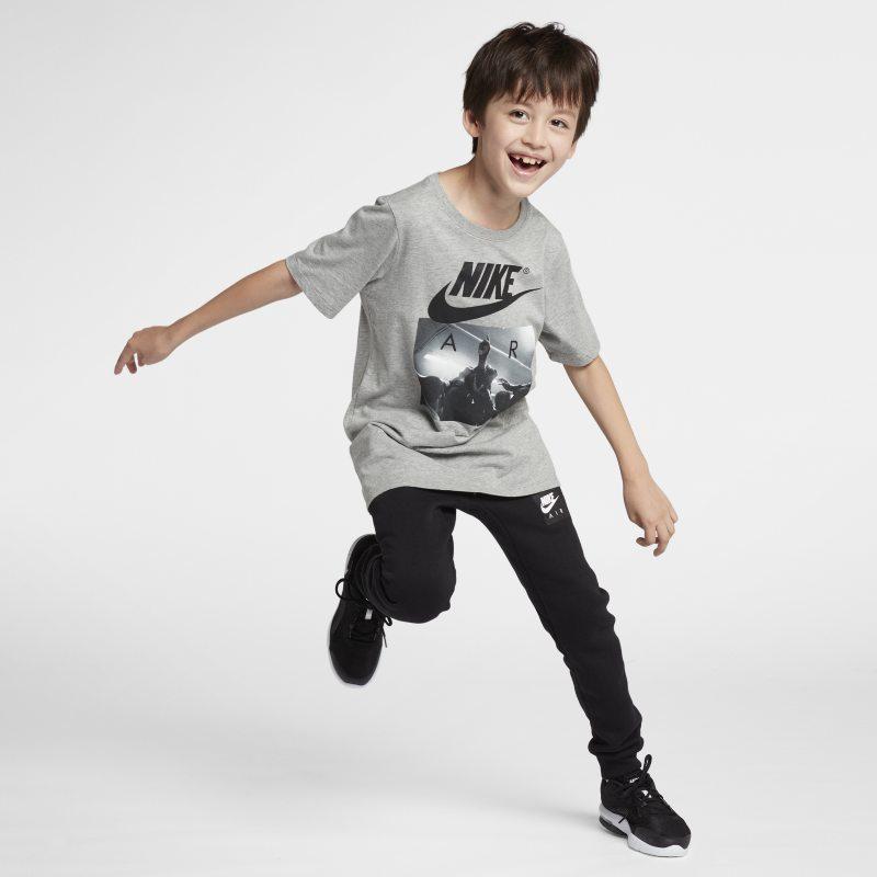 Nike Sportswear Genç Çocuk (Erkek) Tişörtü  923649-063 -  Gri S Beden Ürün Resmi