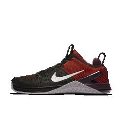 Мужские кроссовки для тренинга Nike Metcon DSX Flyknit 2Легкие и прочные мужские кроссовки для тренинга Metcon DSX Flyknit 2 обеспечивают потрясающую стабилизацию, гибкость и поддержку для тренировок разных видов — от короткихпробежек и толкания гимнастических салазок до тяжелой атлетики и упражнений на канате.  Безупречная посадка  Верх из дышащего эластичного материала Flyknit обеспечивает поддержку и плотную удобную посадку. Сверхпрочные нити Flywire интегрированы со шнуровкой для надежной фиксации стопы.  Гибкость и поддержка  Скрытая подошва более твердая в области пятки и более мягкая в передней части, что обеспечивает стабилизацию для поднятия веса, а также гибкость и амортизацию для коротких забегов.  Прочность и стабилизация  Плоская устойчивая платформа позволяет чувствовать поверхность под ногами во время упражнений с весом и высокоинтенсивных тренировок.<br>