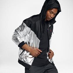 Мужская куртка из тканого материала Nike Sportswear WindrunnerЛегкая мужская куртка из тканого материала Nike Sportswear Windrunner — новое исполнение оригинальной беговой модели для повседневной жизни.<br>