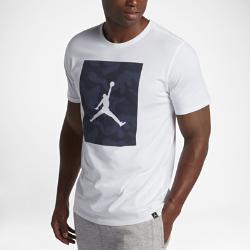 Мужская футболка Jordan Sportswear Jumpman P51 CamoМужская футболка Jordan Sportswear Jumpman P51 Camo из мягкого хлопка обеспечивает длительный комфорт<br>