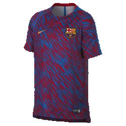 Игровая футболка с коротким рукавом для мальчиков школьного возраста FC Barcelona Dri-FIT SquadИгровая футболка с коротким рукавом для мальчиков школьного возраста FC Barcelona Dri-FIT Squad из влагоотводящей ткани с боковыми разрезами обеспечивает вентиляцию и комфорт во время игры с друзьями.<br>