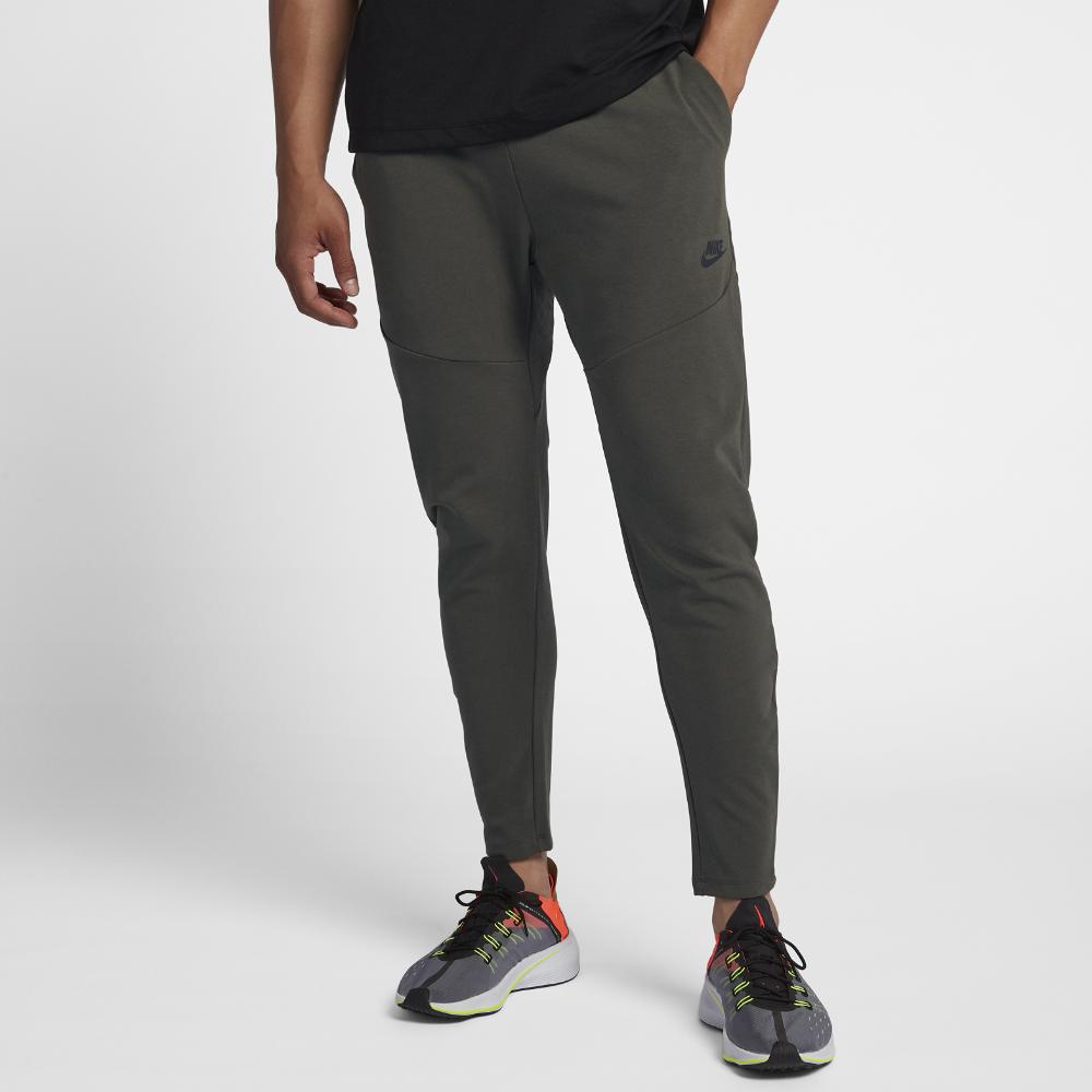 <ナイキ(NIKE)公式ストア> ナイキ スポーツウェア テック パック メンズパンツ 928576-001 グレー ★30日間返品無料 / Nike+メンバー送料無料