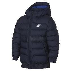 Куртка для школьников Nike SportswearКуртка для школьников Nike Sportswear защищает от дождя и удерживает тепло тела, обеспечивая легкость и защиту в холодную погоду.<br>