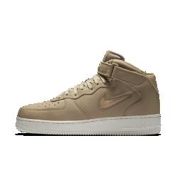 Мужские кроссовки NikeLab Air Force 1 Mid JewelМужские кроссовки NikeLab Air Force 1 Mid Jewel возвращаются из 1996 года с фирменным «ювелирным» мини-логотипом Swoosh. Первоклассные обновления делают эту ретро-модель настоящимбриллиантом.<br>