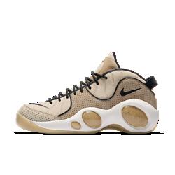Мужские кроссовки Nike Air Zoom Flight 95Мужские кроссовки Nike Air Zoom Flight 95, созданные на основе одной из первых моделей с технологией Nike Zoom Air, привносят баскетбольный стиль в повседневную жизнь. Изогнутые линии и футуристичные выступы, напоминающая объектив «рыбий глаз», воплощают эстетику прошлого, идеально вписываясь в настоящее.<br>