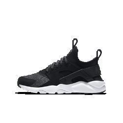 Кроссовки для школьников Nike Air Huarache Run Ultra SEКроссовки для школьников Nike Air Huarache Run Ultra SE — это еще более комфортное обновление легендарной модели 90-х годов с тех же потрясающим дизайном.<br>