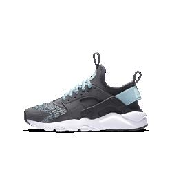 Кроссовки для школьников Nike Air Huarache Run Ultra SEКроссовки для школьников Nike Air Huarache Run Ultra SE — это еще более комфортное обновление легендарной модели 90-х годов с тем же потрясающим дизайном.<br>