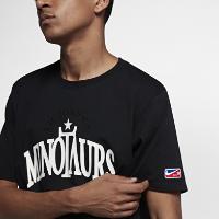 <ナイキ(NIKE)公式ストア>ナイキラボ x RT ビクトリアス ミノタウロス メンズ Tシャツ 942155-010 ブラック