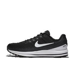 Мужские беговые кроссовки Nike Air Zoom Vomero 13 (на широкую ногу)Мужские беговые кроссовки Nike Air Zoom Vomero 13 обеспечивают невероятную мягкость и комфорт. Непревзойденная поддержка поможет достичь максимальных результатов уже с первого забега. Обновленные нити Flywire надежно фиксируют стопу, а система Nike Zoom Air создает мгновенную амортизацию при каждом шаге.   НЕВЕРОЯТНАЯ ЛЕГКОСТЬ И ПОДДЕРЖКА  Нити Flywire поддерживают и фиксируют среднюю часть стопы при затягивании шнурков. Эти нити шире классических нитей Flywire, поэтому они комфортно облегают стопу, по-прежнему обеспечивая отличную поддержку. Мы убрали часть нитей в верхней части панели для шнуровки для большей гибкости и комфорта в передней части стопы.   МЯГКОСТЬ И КОМФОРТ  Мягкий бортик поддерживает область голеностопа, обеспечивая непревзойденный комфорт на всей дистанции.  МЯГКАЯ АДАПТИВНАЯ АМОРТИЗАЦИЯ  Мягкий, но поддерживающий материал Nike Lunarlon обеспечивает амортизацию. Вставки Nike Zoom Air в области пятки и передней части стопы расположены ближе к подошве, позволяя почувствовать мягкость материала Lunarlon. Кроме того, вставки Zoom Air обеспечивают мгновенную упругую амортизацию, которая как будто подталкивает тебя вперед, помогая бежать быстрее.<br>