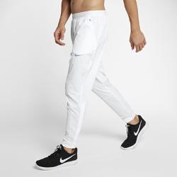 Мужские беговые брюки Nike StadiumМужские беговые брюки Nike Stadium из влагоотводящей ткани в современном стиле обеспечивают комфорт во время пробежки и после нее.<br>