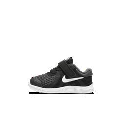 Кроссовки для малышей Nike Revolution 4Кроссовки для малышей Nike Revolution 4 с мягким комбинированным верхом из легких материалов и минималистичной конструкцией обеспечивают комфорт на весь день.<br>