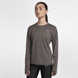 Женская беговая футболка с длинным рукавом Nike ElementЖенская беговая футболка с длинным рукавом Nike Element из влагоотводящей ткани обеспечивает комфорт на всей дистанции.<br>