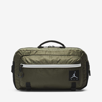 edc8efa00002 Air Jordan Crossbody Bag. Nike.com