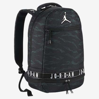 dcda0956d6ef7c Jordan Retro 13 Backpack. Nike.com
